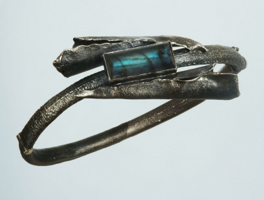 others - M 06 - Bracelet: oxidized silver, labradorite